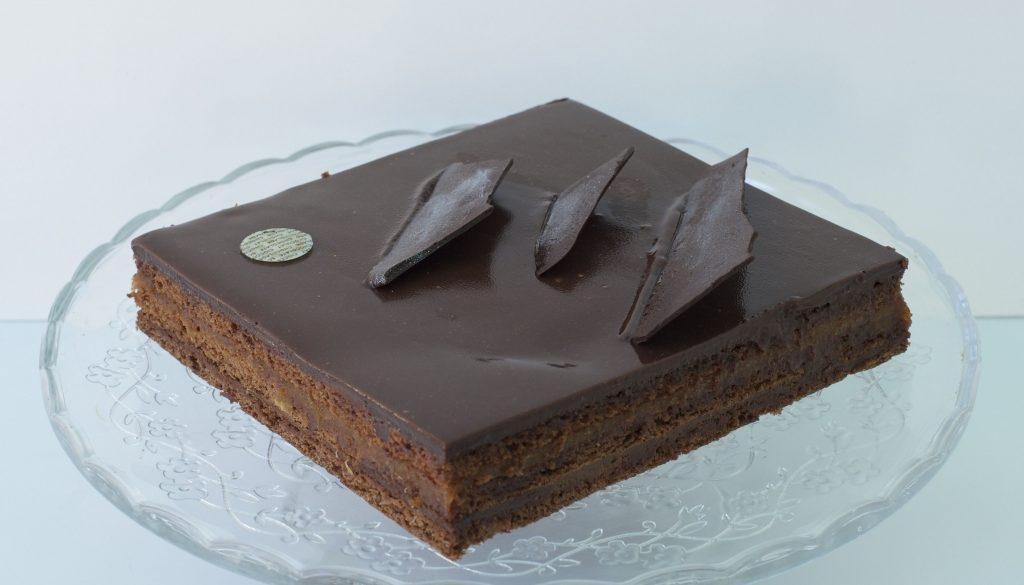 Sachen de chocolate y mermelada de albaricoque_result